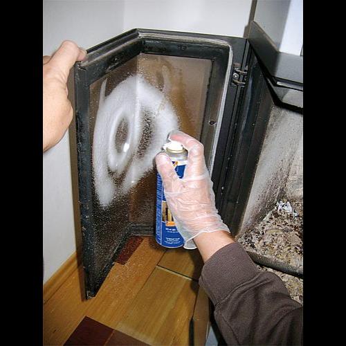 Kandallóüveg tisztítóhab, 300ml